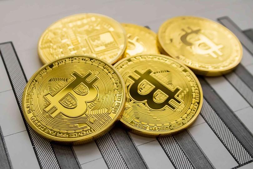 биткоин упал цене в-15