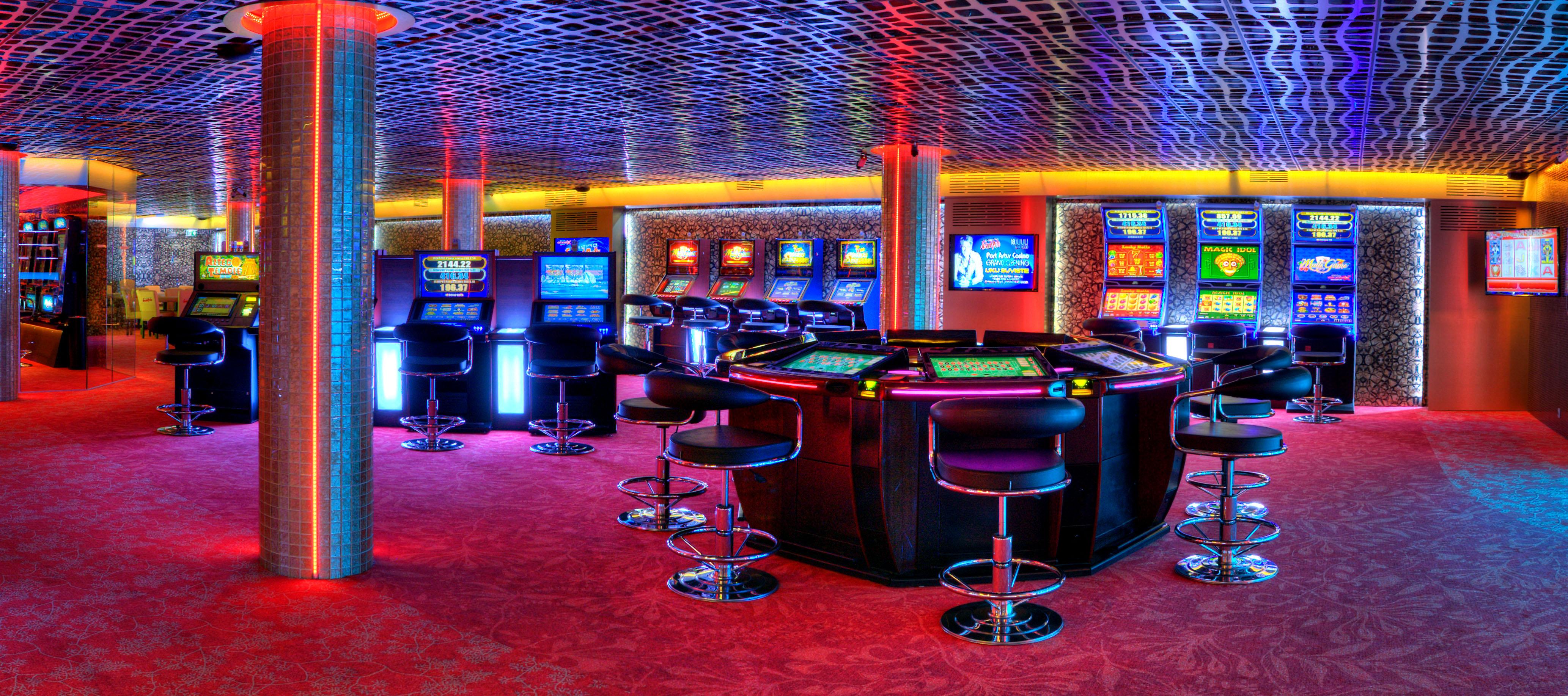 официальный сайт казино гранд бесплатно без регистрации